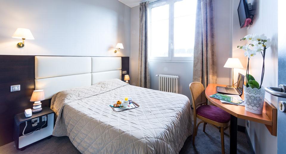 hotel-astrid-rouen-gare-centre-ville-gueret-1880-2-chambre-grand-lit-960x517